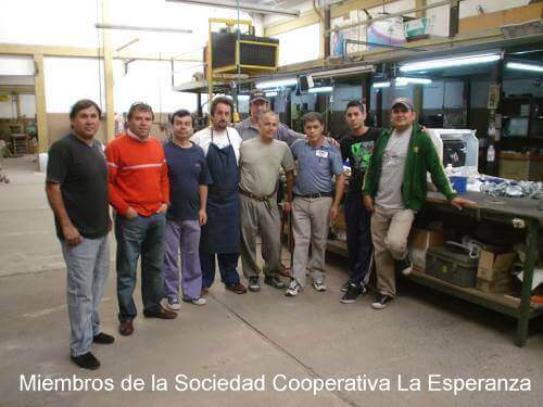 Miembros de la Sociedad Cooperativa La Esperanza de Monte Grande Limitada
